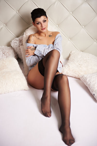 Alena Saphire - Escort From Columbia SC