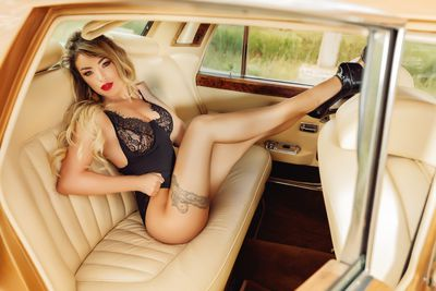 Arianna Wright - Escort From College Station TX