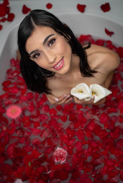 Farrah Cornejo - Escort From Visalia CA