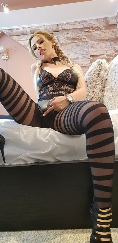 Flor Johnson - Escort From College Station TX