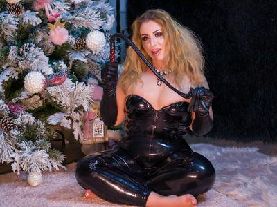 Brenda Pinder - Escort From Visalia CA