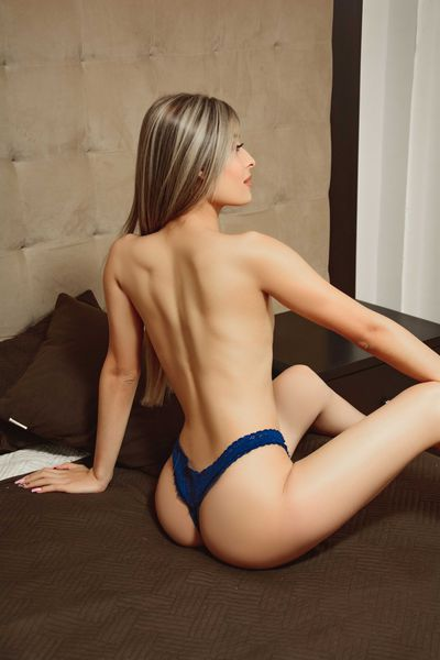 Irvine Escort Girls
