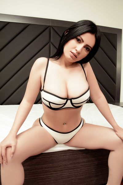 Alternative Escort Girls in Mobile Alabama