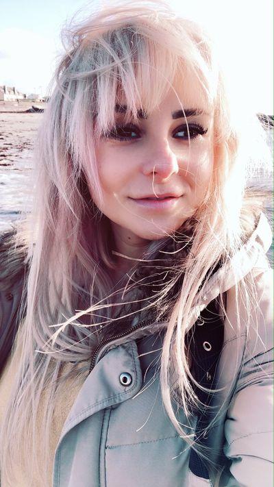 Julie Waters - Escort From Vista CA