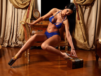 Brunette Escort Girls in Elizabeth New Jersey