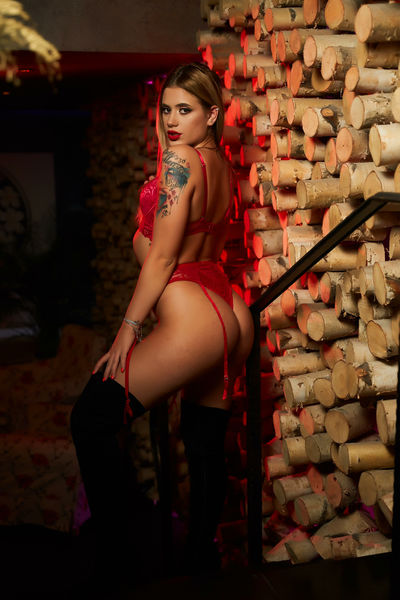 Visiting Escort Girls in Manchester New Hampshire