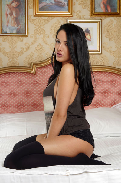 Carla V - Escort From Visalia CA
