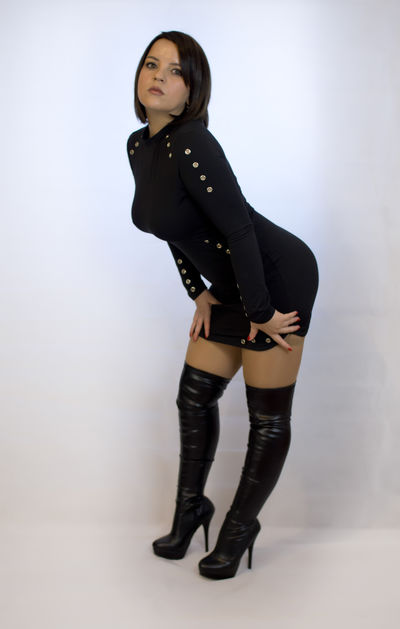Emma Sanchez - Escort From Columbia MO