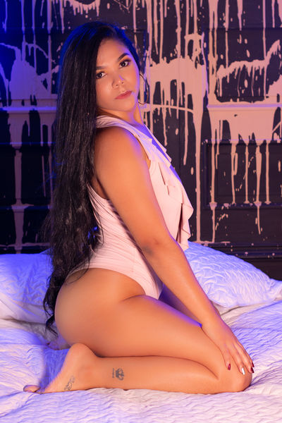 Gail White - Escort From Virginia Beach VA