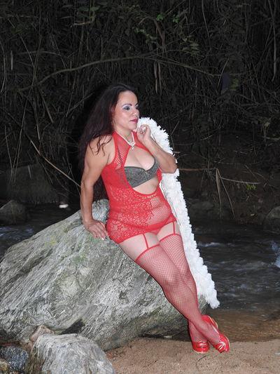 Latina Escort Girls in Hollywood Florida