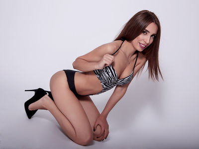 Redhead Escort Girls in Long Beach California